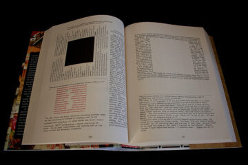 House of Leaves Funky Type
