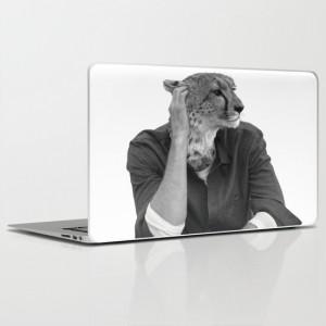 laptop-cheetah-model-animal