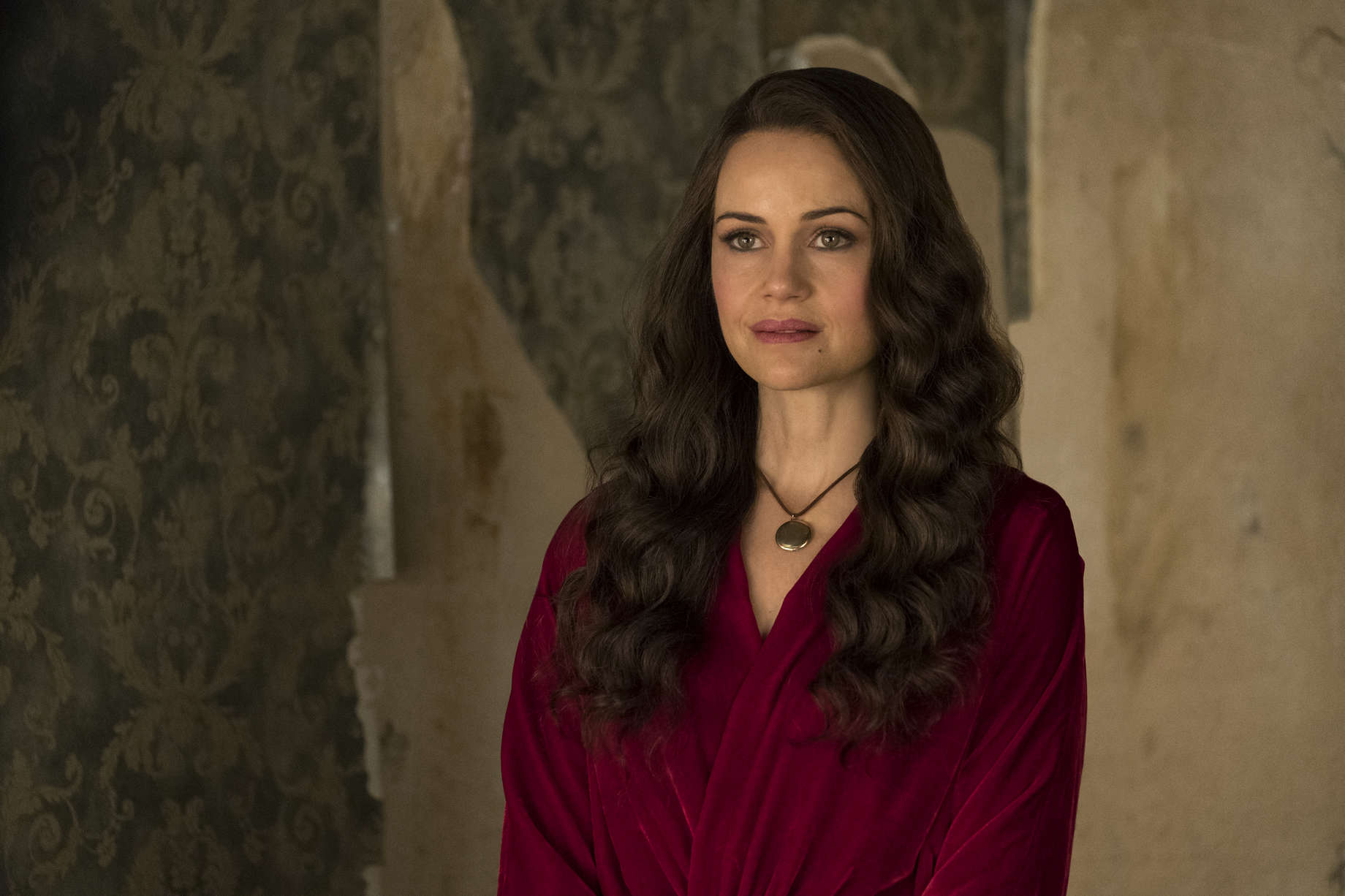 Haunting of Hill House Explored and Digested